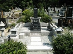 相模原市藤野、寺院墓地 1尺高級型
