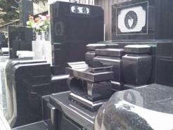横浜市磯子区内寺院墓地 オールクンナム